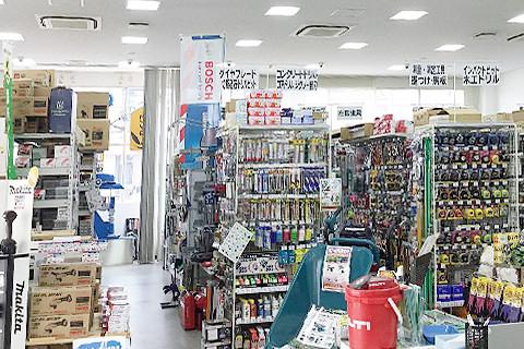 カイノス西尾店 内観